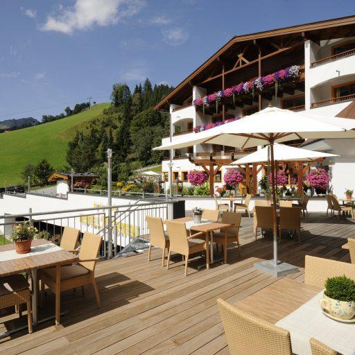Terrasse im Sommer im Hotel Marten