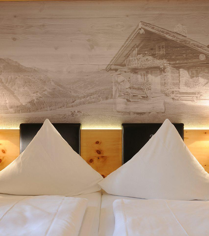 Zimmer und Betten im Hotel Marten
