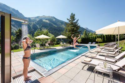 Badeurlaub im Hotel mit Pool in Saalbach-Hinterglemm