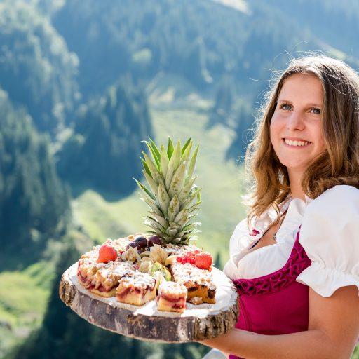 Kuchen im Sommer im Hotel in Saalbach-Hinterglemm
